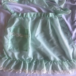 Mint vintage apron with lace